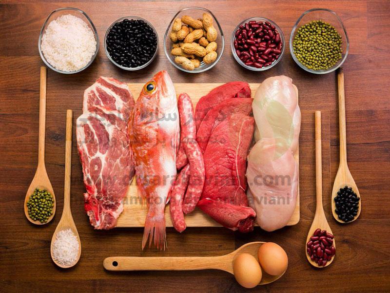 پروتئین کافی دریافت کنید، اما نه خیلی زیاد